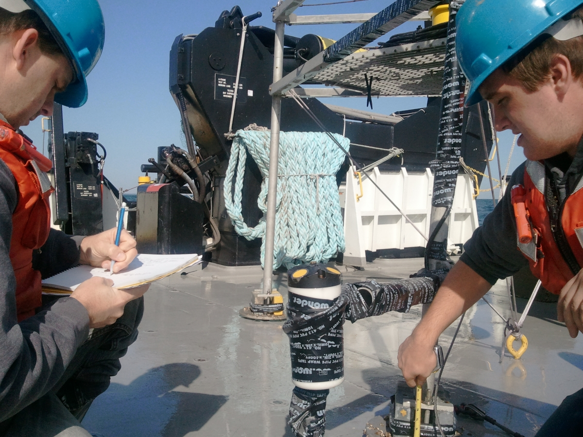 Readying the benthic tripod